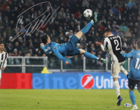Cristiano Ronaldo Signed Real Madrid 16x20 Photo (Beckett COA) at PristineAuction.com