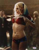"Margot Robbie Signed ""Suicide Squad"" 11x14 Photo (PSA Hologram) at PristineAuction.com"