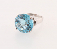 Silver 17.10ct Sky Blue Topaz Solitaire Ring - SZ 6 at PristineAuction.com