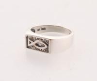 Sterling Silver Ring - SZ 8 at PristineAuction.com