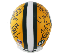 Super Bowl XXXI Champions Packers Full-Size Authentic On-Field Helmet Team-Signed by (23) With Brett Favre, Chris Jackie, Dorsey Levens (Radtke COA) at PristineAuction.com
