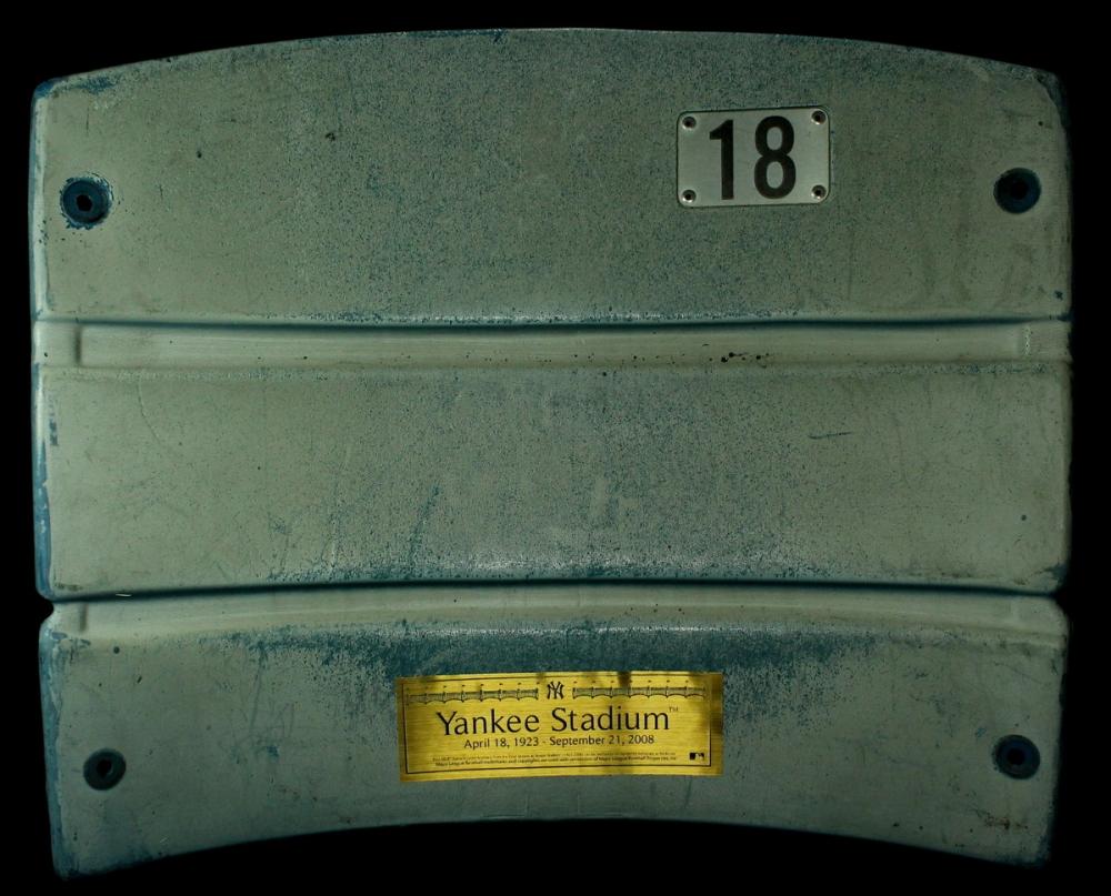 how to get sports memorabilia authentication