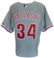 Roy Halladay Signed Phillies Jersey (Beckett COA) at PristineAuction.com