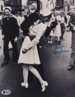 "George Mendonsa Signed ""VJ Day"" 8x10 Photo (Beckett COA) at PristineAuction.com"