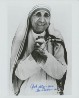 "Mother Teresa Signed 8x10 Photo Inscribed ""God Bless You"" (JSA ALOA) at PristineAuction.com"