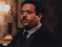 "Dan Fogler Signed ""Fantastic Beasts & Where To Find Them"" 11x14 Photo (PSA Hologram) at PristineAuction.com"