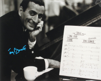Tony Bennett Signed 16x20 Photo (AutographCOA Hologram) at PristineAuction.com