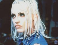 "Lori Petty Signed ""Tank Girl"" 8x10 Photo (DA COA) at PristineAuction.com"