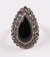 Silver Onyx & MoSterling Silver Marcasite & Black Onyx Ring - SZ 6 at PristineAuction.com