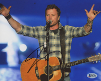 Dierks Bentley Signed 8x10 Photo (Beckett COA) at PristineAuction.com