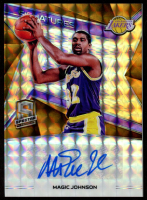 Magic Johnson 2018-19 Panini Spectra Signatures Neon Orange #9 at PristineAuction.com