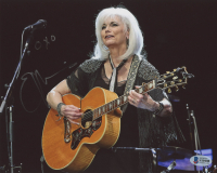 "Emmylou Harris Signed 8x10 Photo Inscribed ""OXO"" (Beckett COA) at PristineAuction.com"