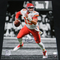 Patrick Mahomes Signed Kansas City Chiefs 16x20 Photo (JSA COA) at PristineAuction.com