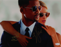 "Will Smith & Margot Robbie Signed ""Focus"" 11x14 Photo (JSA Hologram) at PristineAuction.com"