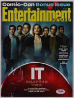 "James McAvoy Signed ""Entertainment Weekly"" Magazine (PSA Hologram) at PristineAuction.com"