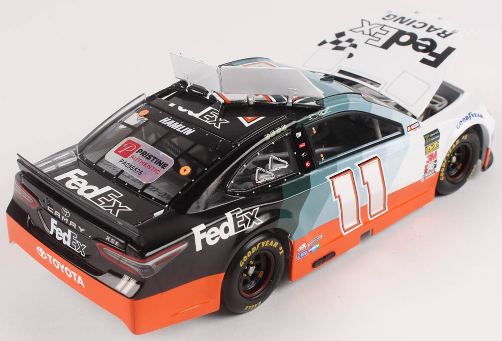 NASCAR 2019 DENNY HAMLIN #11 DARLINGTON FEDEX RACING 1//24 CAR IN STOCK NOW