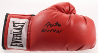 Roberto Duran Signed Everlast Boxing Glove (Beckett Hologram) at PristineAuction.com