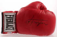 Roberto Duran Signed Everlast Boxing Glove (PSA COA) at PristineAuction.com