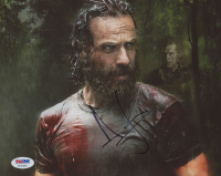 "Andrew Lincoln Signed ""The Walking Dead"" 8x10 Photo (PSA Hologram) at PristineAuction.com"