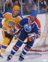 Wayne Gretzky Signed Oilers 11x14 Photo (JSA COA) at PristineAuction.com
