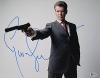 "Pierce Brosnan Signed ""James Bond"" 11x14 Photo (Beckett COA) at PristineAuction.com"