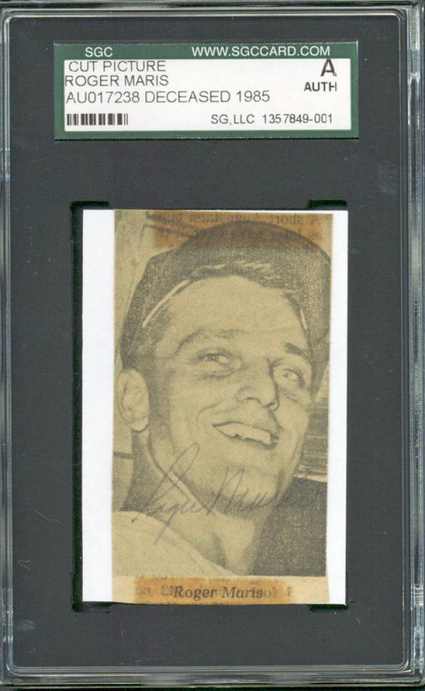 Roger Maris Signed 2x3.25 Photo (SGC Encapsulated) at PristineAuction.com