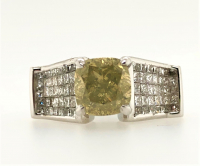 4.25ct Fancy Yellow & White Diamond Engagement Ring 14kt White Gold (GIA Certified) at PristineAuction.com