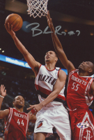 Brandon Roy Signed Trail Blazers 8x12 Photo (Hollywood Collectibles Hologram) at PristineAuction.com