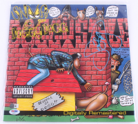 """Snoop Dogg Signed """"Doggystyle"""" Vinyl Record Album Cover (PSA Hologram) at PristineAuction.com"""