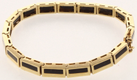 18kt Yellow Gold Onyx Bracelet (AIG Appraisal) at PristineAuction.com