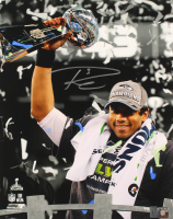 Russell Wilson Signed Seahawks 16x20 Photo (Wilson COA) at PristineAuction.com