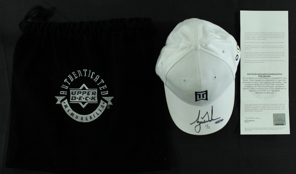 83643b8dce5 Tiger Woods Signed LE Tournament-Worn Nike