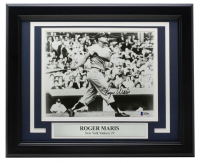 Roger Maris Signed Yankees 11x14 Custom Framed Photo Display (Beckett COA) at PristineAuction.com