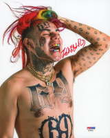 6ix9ine Signed 8x10 Photo (PSA Hologram) at PristineAuction.com