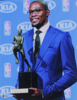 Kevin Durant Signed 11x14 Photo (Beckett COA) at PristineAuction.com