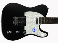 Dave Grohl Signed Full-Size Electric Guitar (Beckett COA) at PristineAuction.com