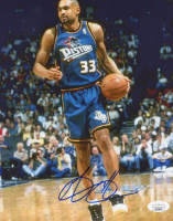 Grant Hill Signed Pistons 8x10 Photo (JSA COA) at PristineAuction.com