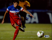 Christian Pulisic Signed Team USA 8x10 Photo (Beckett COA) at PristineAuction.com