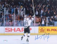 Wayne Gretzky Signed Kings 11x14 Photo (PSA LOA) at PristineAuction.com