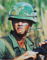 "Tom Hanks Signed ""Forrest Gump"" 11x14 Photo (Beckett COA) at PristineAuction.com"