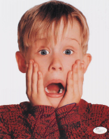 "Macaulay Culkin Signed ""Home Alone"" 8x10 Photo (JSA LOA) at PristineAuction.com"