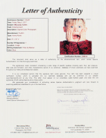 "Macaulay Culkin Signed ""Home Alone"" 8x10 Photo (JSA LOA) at PristineAuction.com"