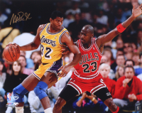 Magic Johnson Signed Lakers 16x20 Photo (Schwartz Sports COA) at PristineAuction.com