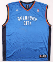 Kevin Durant Signed Thunder Jersey (Beckett COA) at PristineAuction.com