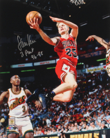 "Steve Kerr Signed Bulls 16x20 Photo Inscribed ""3 Peat 96-98"" (Schwartz Sports COA) at PristineAuction.com"