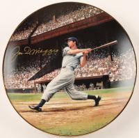 "Joe DiMaggio Signed Yankees LE ""The Streak"" 1993 Porcelain Plate (Bradford Exchange COA) at PristineAuction.com"