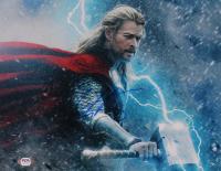 "Chris Hemsworth Signed ""Thor: Ragnarok"" 11x14 Photo (PSA COA) at PristineAuction.com"