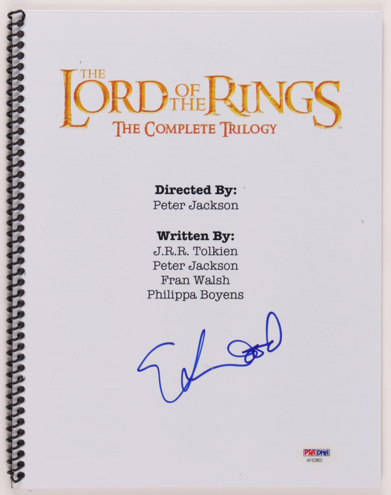 """Elijah Wood Signed """"The Lord of the Rings"""" Script (PSA Hologram) at PristineAuction.com"""