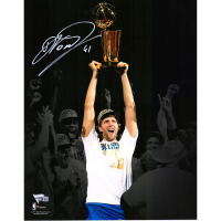 Dirk Nowitzki Signed Mavericks 11x14 Photo (Fanatics Hologram) at PristineAuction.com