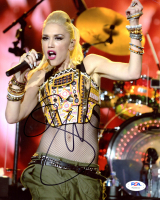 Gwen Stefani Signed 8x10 Photo (PSA COA) at PristineAuction.com